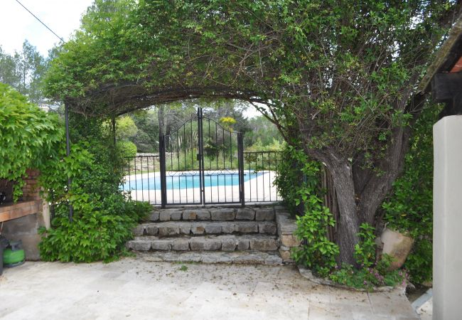 House in Cotignac - Family holidays in Provence : Les 2 Palmiers
