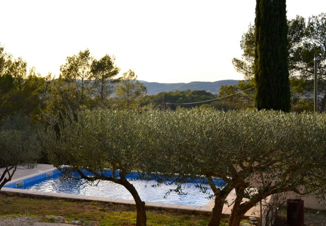 House in Carcès - La Sentinelle family home holidays with Provence view