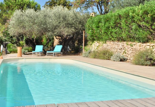 Villa/Dettached house in Cotignac - Arts & Flores : Quiet holidays with private pool and WIFI
