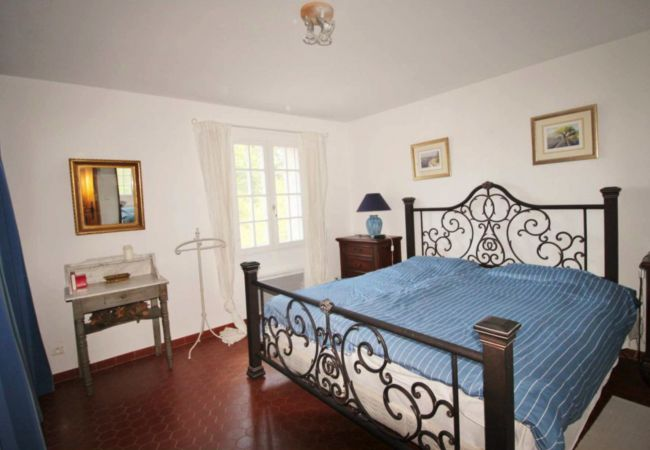 House in Cotignac - Mas d'Haru, peaceful holidays with private pool